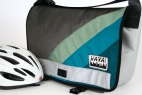 Teal Appeal Messenger Medi Messenger Bag